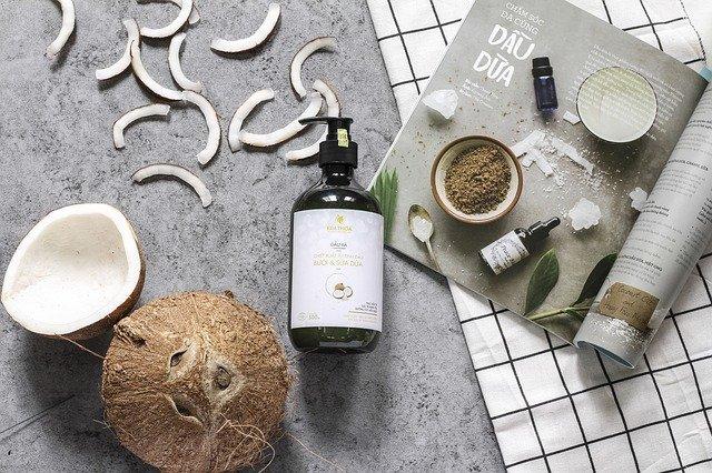 Le qualità dell' olio di cocco - Le 10 qualità dei principi attivi